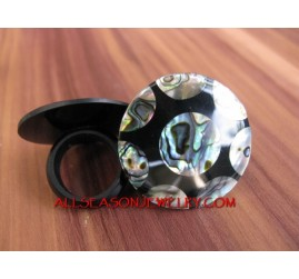 Shells Abalone Ring Motif