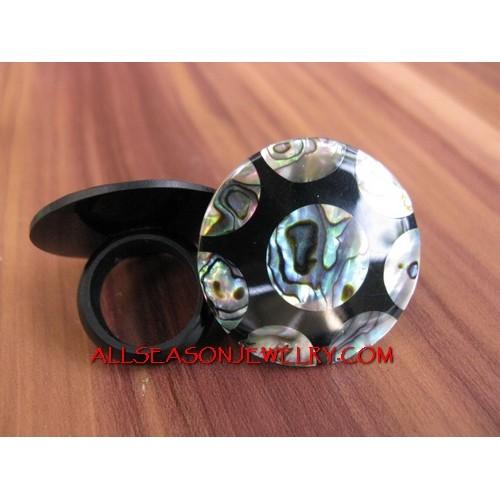 Shells Abalone Ring Motif