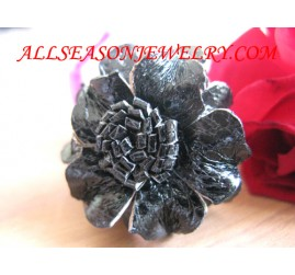 bali leather ring Flowers