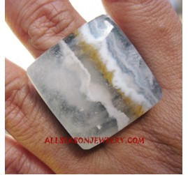 Organic Stone Finger Ring