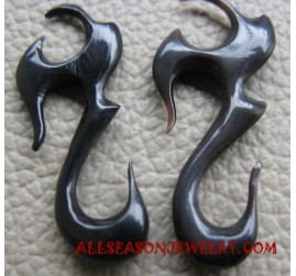 Carving Horn Earring
