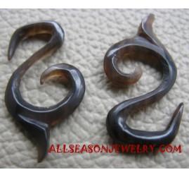 Earring Horn Natural
