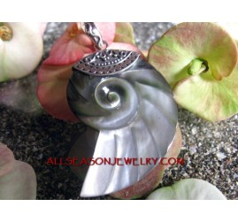 Carved Shells Pendant Silver