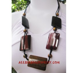 Sono Wooden Necklaces Finishing