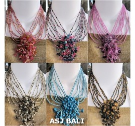 six color different color stone beaded pendant necklaces