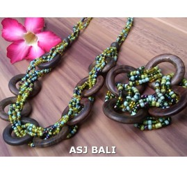 set necklaces bracelet beads with wood rings natural green