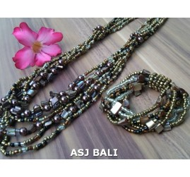 sets of necklaces bracelets beads seashells stretches gold