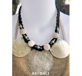 3coins shells capiz necklaces short white color