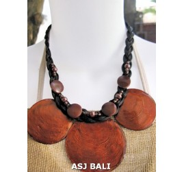 3coins shells necklaces short brown color