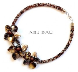 chokers necklaces beads with seashells flowers brown