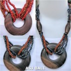 sono wooden pendant necklace ethnic design