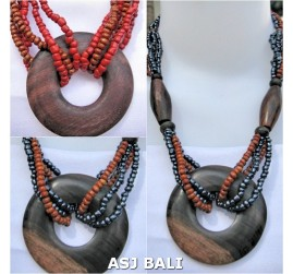 sono wooden pendant necklace ethnic design