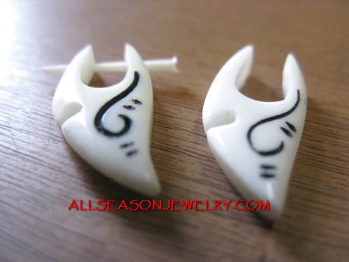 Bone Tatoo Pierced Ethnic Body Piercings Jewelry With Organic Bone Material Handmade Body Pierced Jewellery Supplies Bali Supplier Of Body Piercing Made From Buffalo Bones Cows Bone Fashion Jewelr